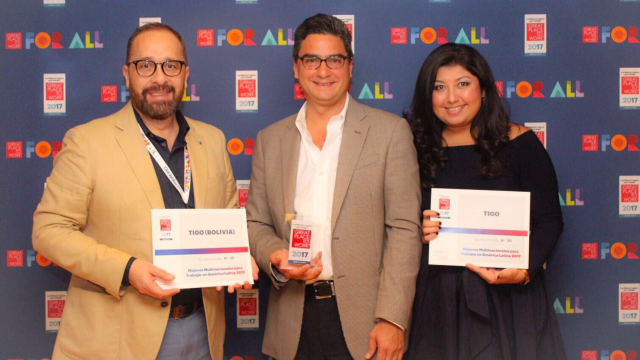 © (L-R) Roger Bazán, HR Manager for Bolivia; Luis Arturo Torres, VP Global Talent Management; Karen Alas, Global Talent Acquisition Manager